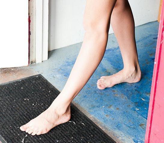 Ноги надо ставить вот так