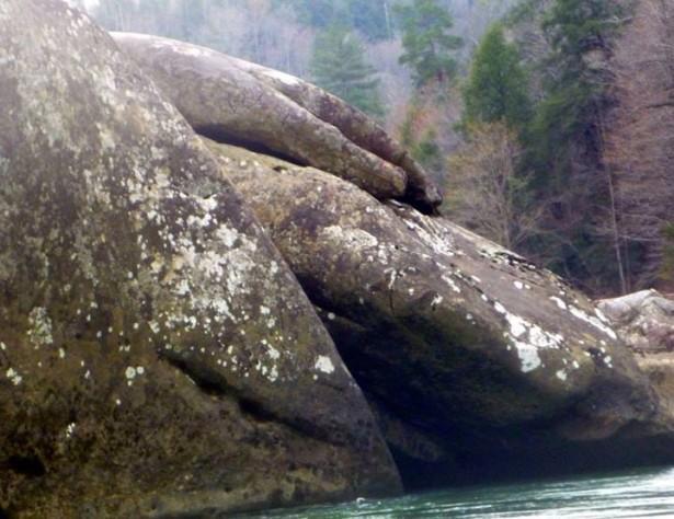 Видите руку бога?